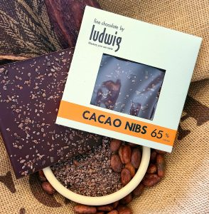 Cocoa nibs chocolate square